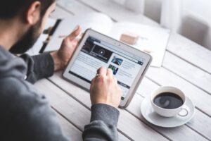 blogging small business idea by powerlinekey